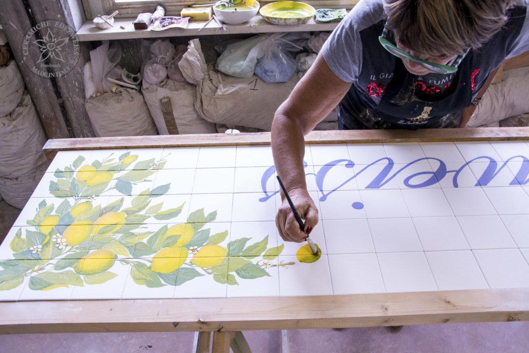 Piastrelle personalizzate dipinte a mano ceramiche edelweiss
