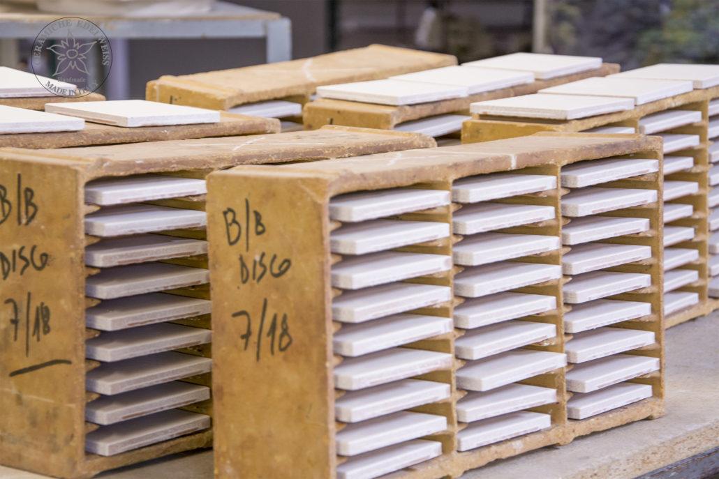 Piastrelle personalizzate insegne ceramica pannelli ceramica